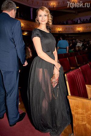 Виктория Исакова на кинопремии «Ника»