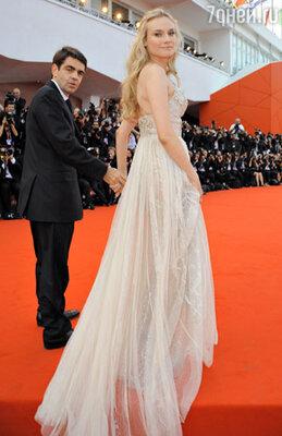 Диана Крюгер (в платье  Elie Saab)
