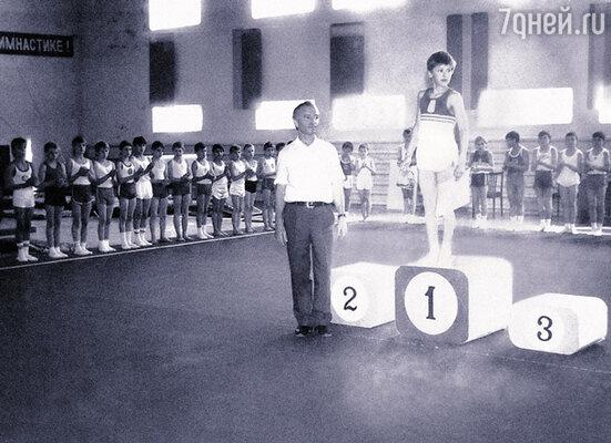 Одна из первых побед будущего олимпийского чемпиона Алексея Немова