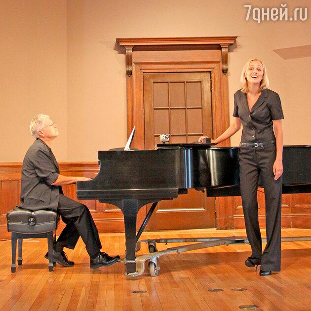 Наталия Быстрова на репетиции с Аланом Менкеном