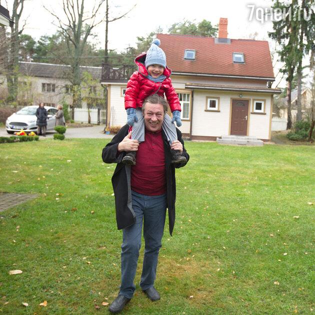 Михаил Ефремов с сыном Борисом
