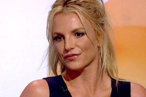 Бритни показала свою грудь во всей красе во время выступления в Лас-Вегасе