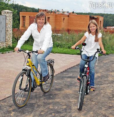 Виктор Салтыков с дочерью Аней