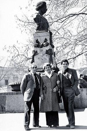Зиновий Гердт с женой Татьяной и Петр Тодоровский