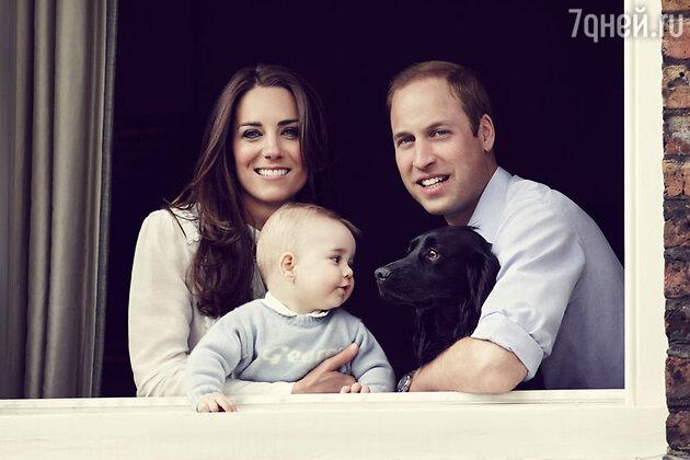 Принц Уильям и его жена герцогиня Кэтрин с сыном Джорджем