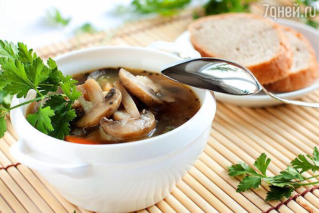 Постный стол нельзя представить без грибных блюд