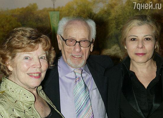 Эли с женой и дочерью Робертой: если это — не верная и вечная любовь, то значит, ее и вовсе нет на свете