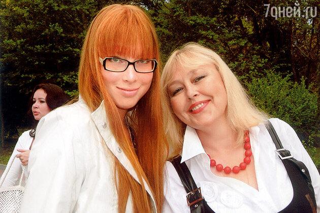 Наталья Хорохорина с дочерью Анной
