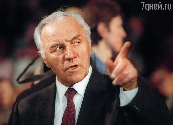Михаил Александрович Ульянов хотел мне помочь и предложил поговорить с Андреем