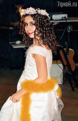 Когда смотрю на роскошные волосы Полины, всегда восхищаюсь: «Какая ты у меня красивая!