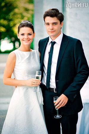 Елизавета Боярская и Максим Матвеев в день свадьбы