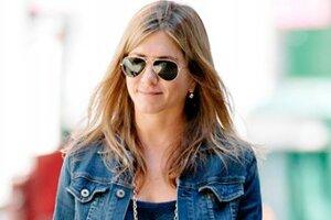 С чем носить джинсовый жакет: учимся на примерах звезд