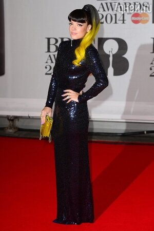 ���� ����� � ������ �� Norrell � � �������� �� Chanel �� ��������� BRIT Awards-2014