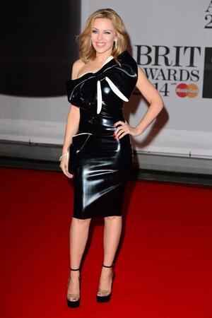 Кайли Миноуг в платье от William Wilde на церемонии BRIT Awards-2014