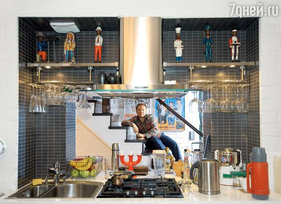 Окно— главная деталь интерьера в кухне Андрея Федорцова
