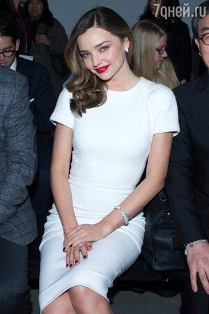Миранда Керр в платье от Victoria Beckham