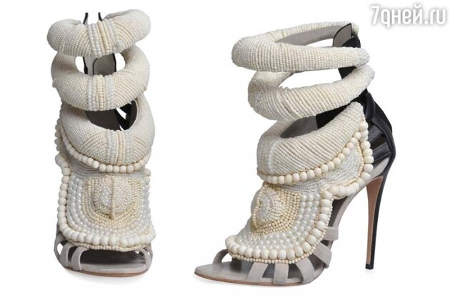 Босоножки от Канье Уэста для итальянского обувного бренда Giuseppe Zanotti