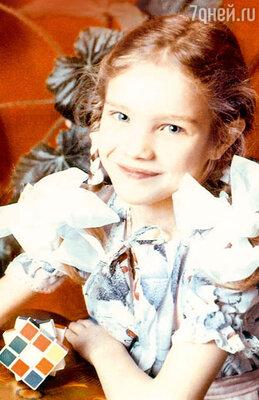 Пятилетняя Наташа в детском саду. 1987 г.