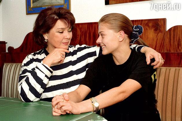 Мария и Лариса Голубкины