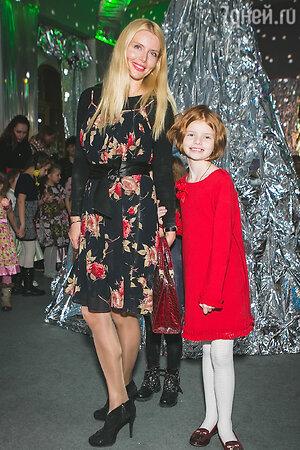 Анна Чурина с дочерью