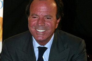 Хулио Иглесиас впервые оспорил свою репутацию бабника