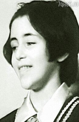 До 17 лет я пела в детском ансамбле «Мзиури», нас часто приглашали на гастроли по стране и за рубежом