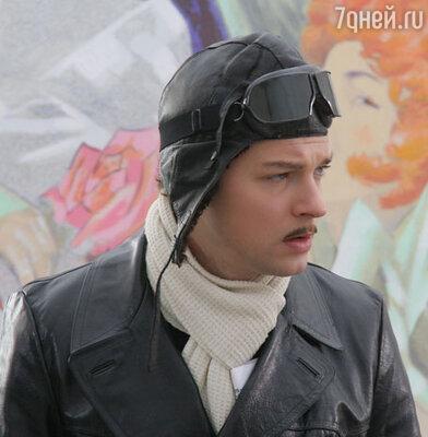 Даниил Страхов в фильме «Исаев»
