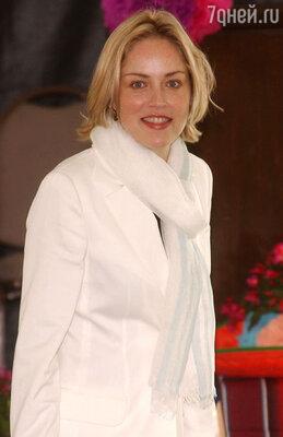 Шэрон Стоун 2002 год