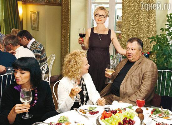 С Ларисой Долиной и женой Ириной