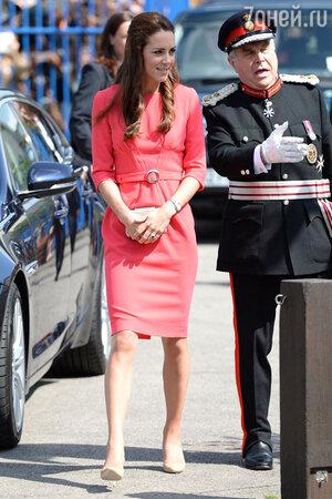 Кейт Миддлтон в платье от бренда Goat