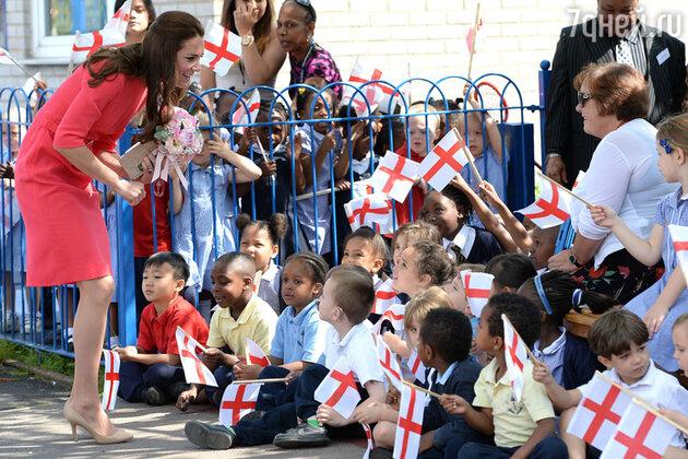 Кейт Миддлтон посетила начальную школу на севере Лондона