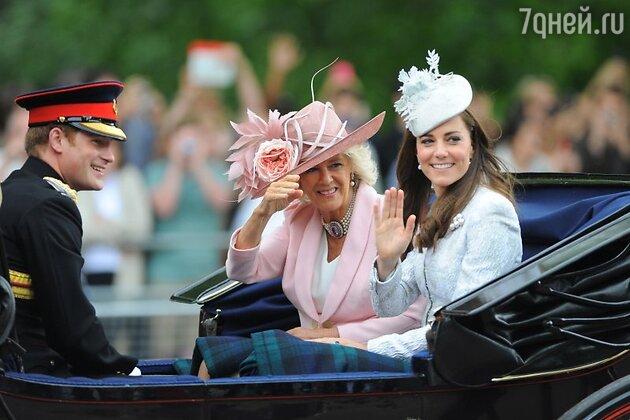 Герцогиня Кембриджская Кэтрин, принц Гарри и герцогиня Камилла