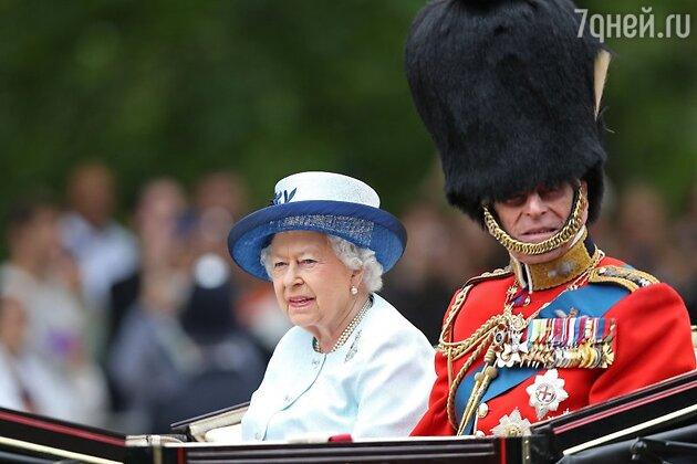 Королева Елизавета II и ее муж принц Филипп