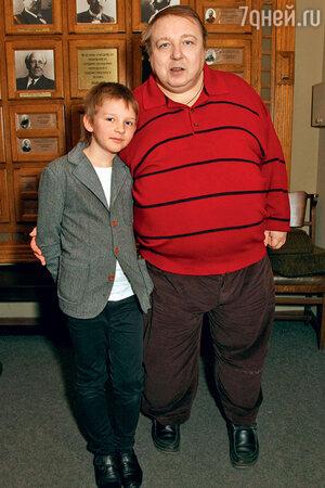 Александр Семчев с сыном Федором