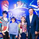 Михаил Барщевский с супругой Ольгой и детьми Дарьей и Максимом.