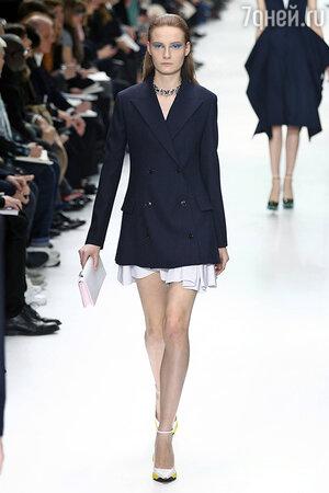 Модель показа Dior