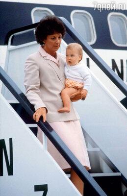 Барбара Барнс была первой няней принца Уильяма. 1983 г.