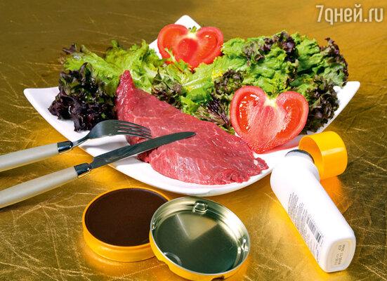 Чтобы сырой кусок мяса выглядел в рекламе только что приготовленным и хорошо прожаренным стейком, используются коричневый крем для обуви, йод и даже мазут!