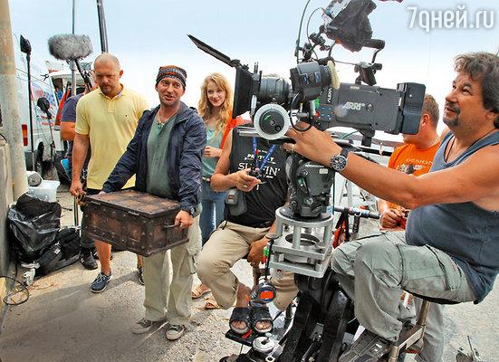 Оператор Сергей Мачильский увлекается подводными съемками, а потому с радостью согласился поработать над фильмом о дайверах