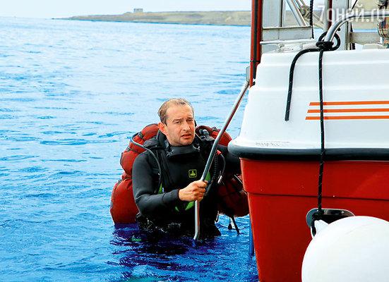 Константин Буслов: «Хабенский так здорово ныряет с аквалангом, что временами даже помогал нам профессиональными консультациями»