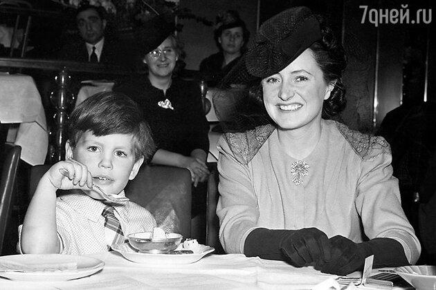 Джилл Эсмонд с сыном Тарквинием Оливье. 1941 г.