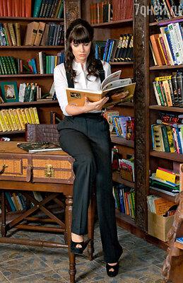 Сегодня рублевская писательница отказалась от услуг именитых Домов моды, а десять лет назад носила все исключительно от «Chanel»