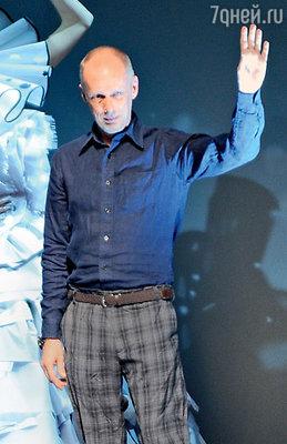 Билл Гэйттен, много лет проработавший рядом с Джоном Гальяно, стал новым дизайнером Дома «Christian Dior»