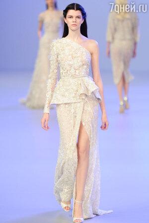 Показ ElieSaab на Неделе высокой моды в Париже