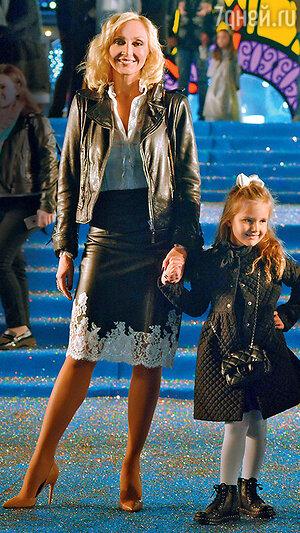 Кристина Орбакайте с дочерью Клавой