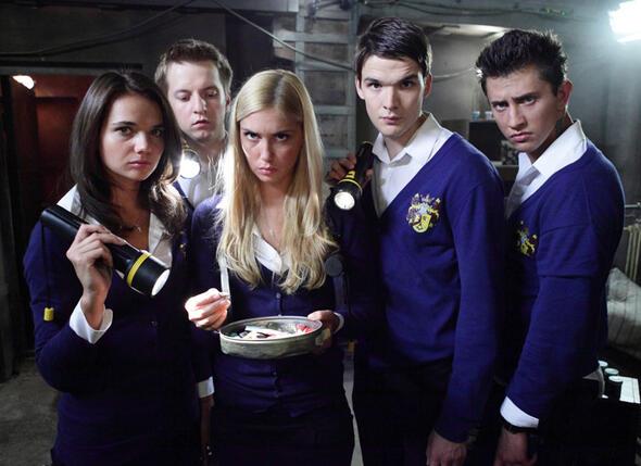 Актеры сериала «Закрытая школа»