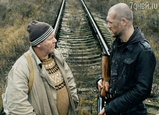 Кадр из фильма «Жить»