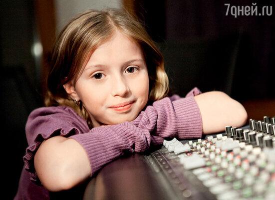 Мультяшная Маша говорит голосом юной актрисы Алины Кукушкиной