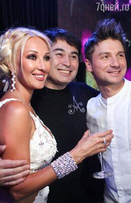 Лера Кудрявцева и Сергей Лазарев (справа)