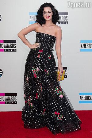 Кэти Перри в платье от Oscar de la Renta